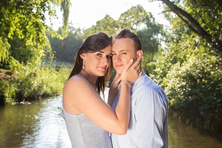 jeanette-kobie-riverside-engagement_0011